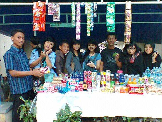 hahahahahah, siap makan coto ya, peserta lomba tingkat SMA ditempatkan di asrama haji Makassar,