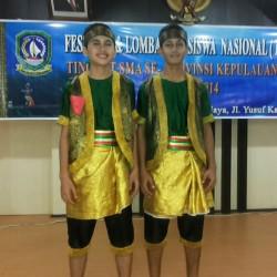 Naufal dan Sultan ketika memenangkan lomba tari tingkat provinsi Kepulauan Riau yang di adakan di Tanjung Pinang