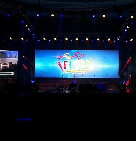 Logo kebanggaan FLS2N  di Marina Convention Centre (MCC) Semarang