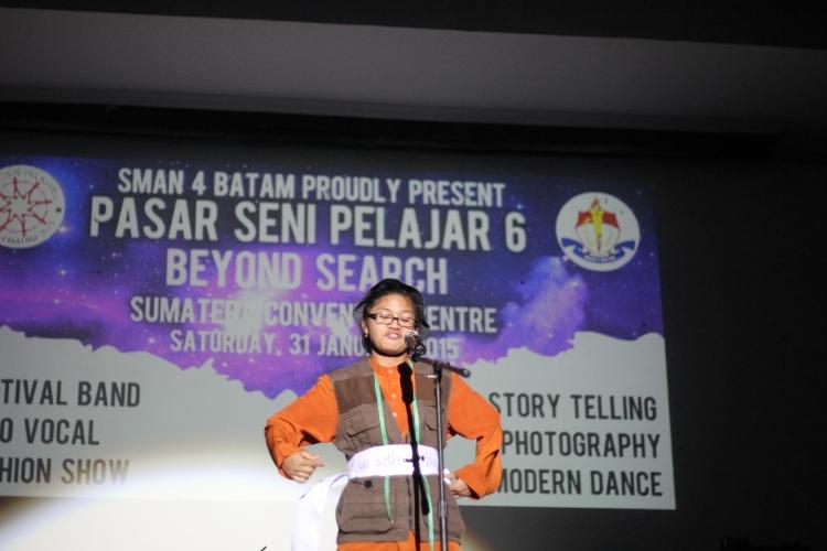 Penampilan juara pertama storytelling dari SMP 4 Batam