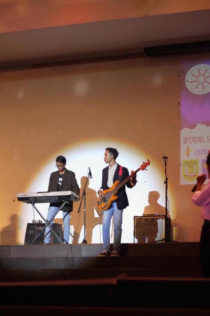 Penampilan Band oleh SMA Negeri 4 tanjung Pinang memukau